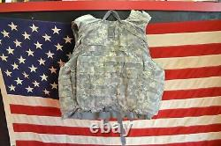 ARMY ACU DIGITAL BODY ARMOR PLATE CARRIER MADE WithKEVLAR INSERTS Large lot 1